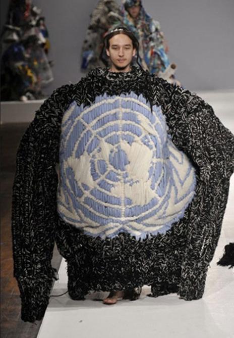 oversized jumper.jpg